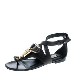 Burberry Black Leather Horse Clip Bridle Cross Strap Flat Thong Sandals Size 35