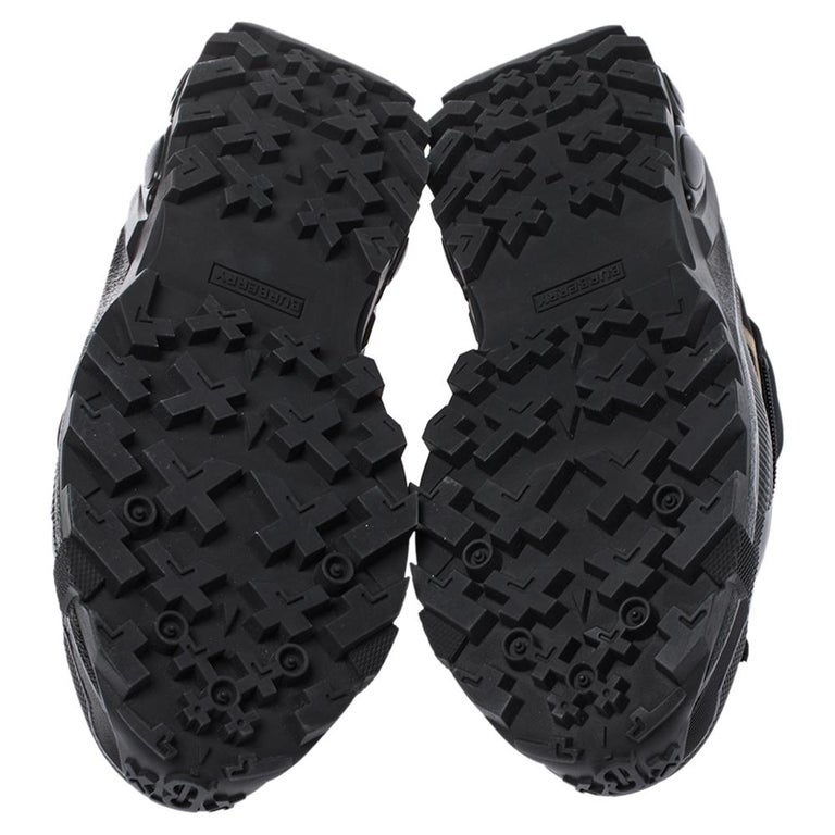 Men's Burberry Black Mesh And Leopard Print Satin Arthur Low Top Sneakers Size 43.5 For Sale
