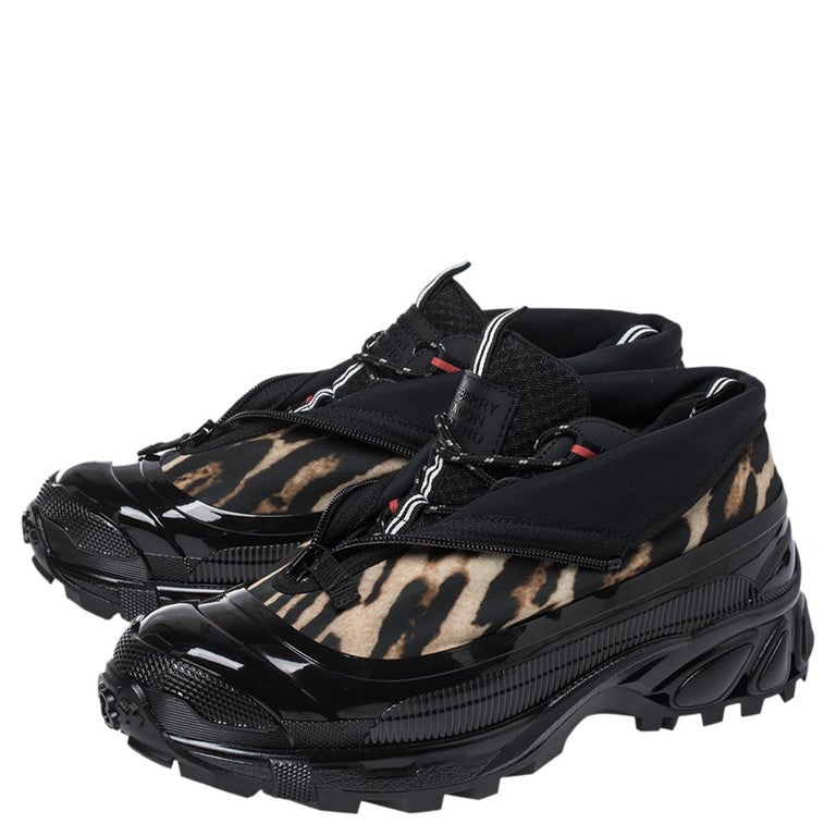 Burberry Black Mesh And Leopard Print Satin Arthur Low Top Sneakers Size 43.5 For Sale 3