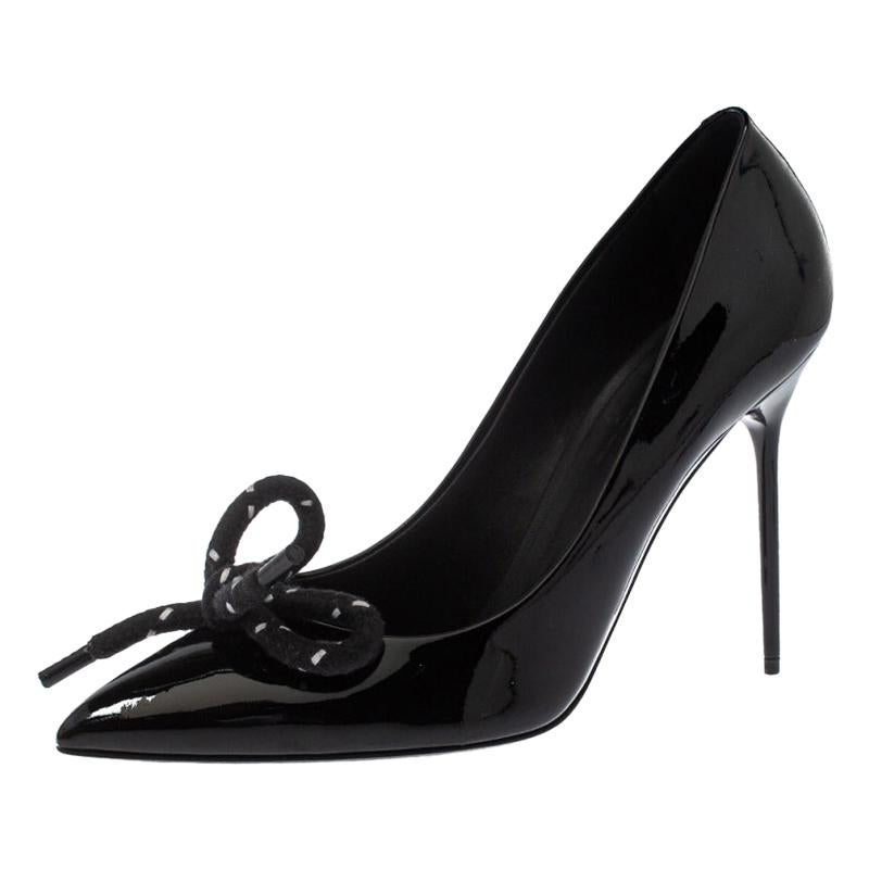 Burberry Black Patent Leather Finsbury Bow Pointed Toe Pumps Size 40