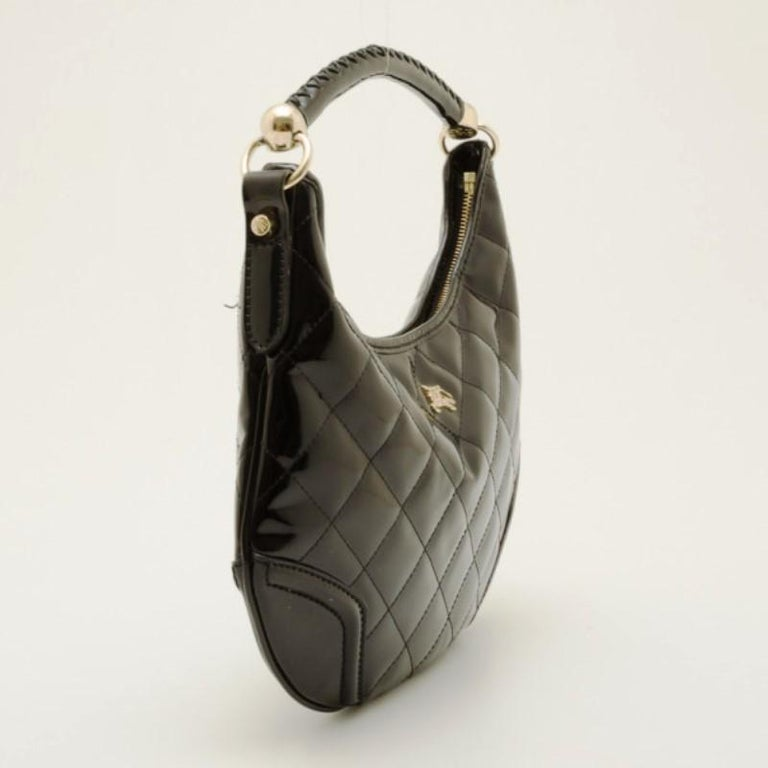 Burberry Black Patent Quilted Hoxton Hobo For Sale at 1stdibs 55f9008666f2b
