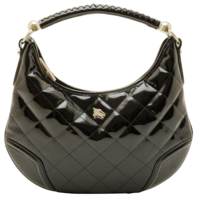 1e5c59b170d5 Burberry Black Patent Quilted Hoxton Hobo For Sale at 1stdibs