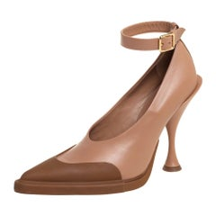 Burberry Brown/Beige Leather Toe Cap Detail Pointed Toe Pumps Size 38