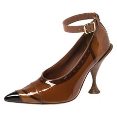 Burberry Brown PVC And Patent Leather 'Evan' Ankle Strap Pointed Toe Size 37