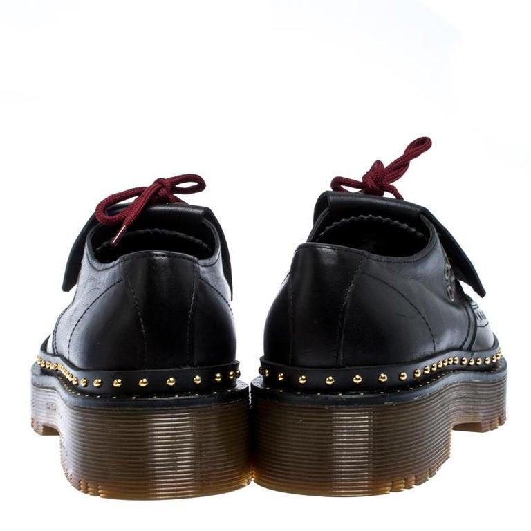 Women's Burberry Burgundy/Black Leather Kiltie Fringe Slip On Sneakers Size 40 For Sale