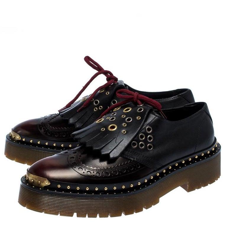 Burberry Burgundy/Black Leather Kiltie Fringe Slip On Sneakers Size 40 For Sale 1