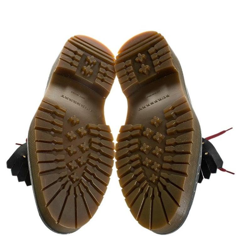 Burberry Burgundy/Black Leather Kiltie Fringe Slip On Sneakers Size 40 For Sale 3
