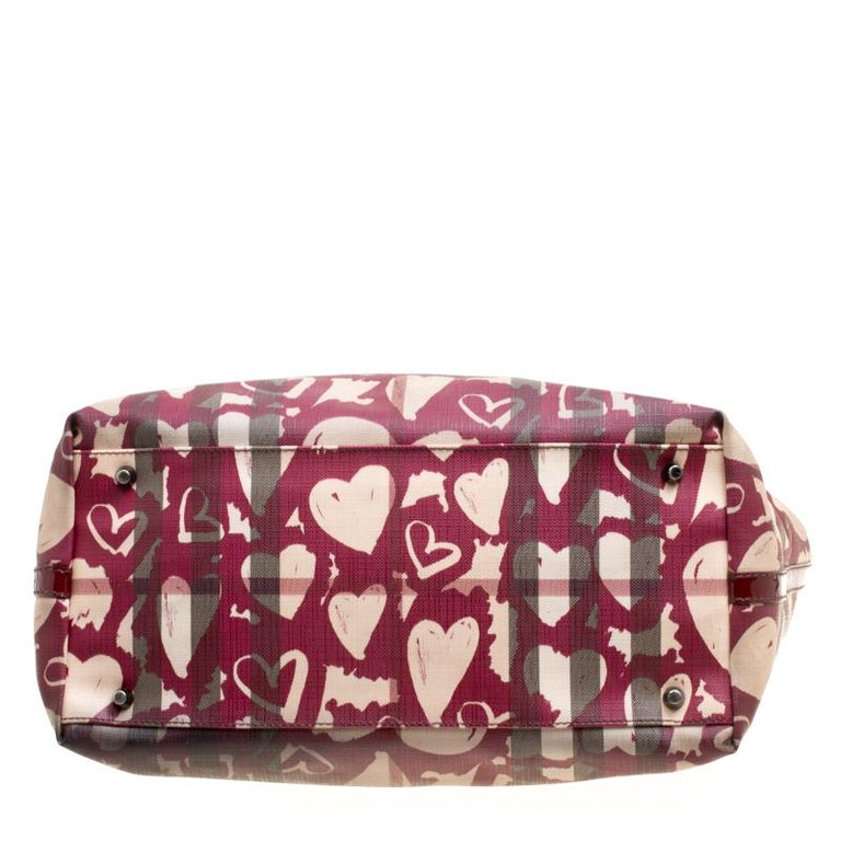 8c73a5674a97 Burberry Burgundy Supernova Heart Check Coated Canvas and Patent Leather  Large T For Sale 6