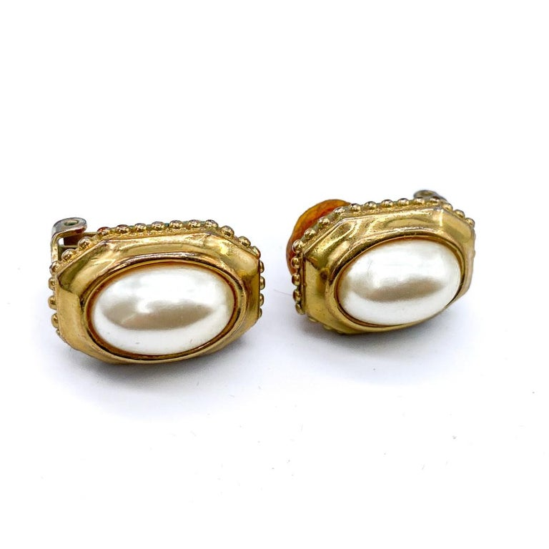 Women's BURBERRY Earrings Vintage 1980s Clip on For Sale