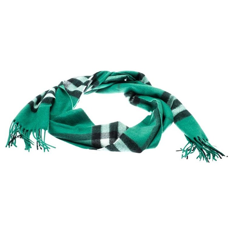 Burberry Emerald Green Classic Novacheck Cashmere Muffler For Sale