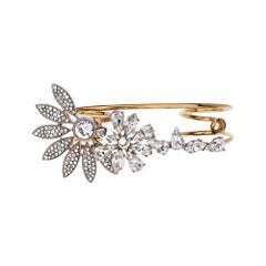 Burberry Gold Tone Daisy Crystal Double Ring Size 54