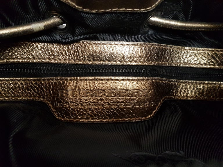 Burberry Leather Bag In Good Condition For Sale In Lugano, CH