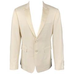 BURBERRY LONDON Size 40 Regular Beige Wool / Mohair Peak Lapel Sport Coat