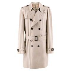 Burberry Men's Trench Coat in HoneySIZE US 48