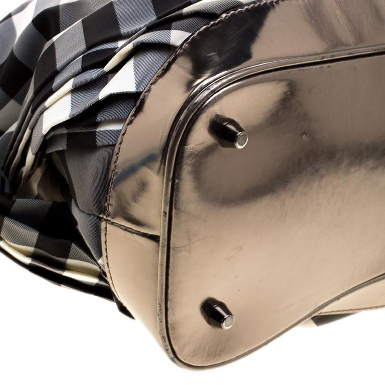 3bb4d81b3377 Burberry Metallic Grey Beat Check Nylon and Leather Shoulder Bag For Sale 5