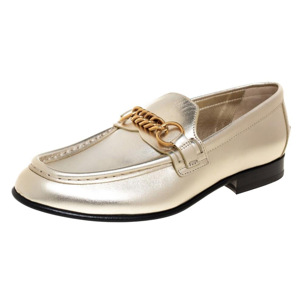 Burberry Metallic Light Gold Leather Solway Chain Detail Slip On Loafers Size 37