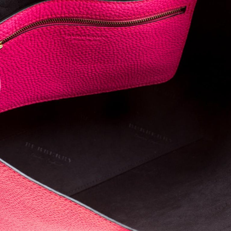 8fa4ab2d77d0 Burberry Neon Pink Leather Remington Shopper Tote For Sale at 1stdibs