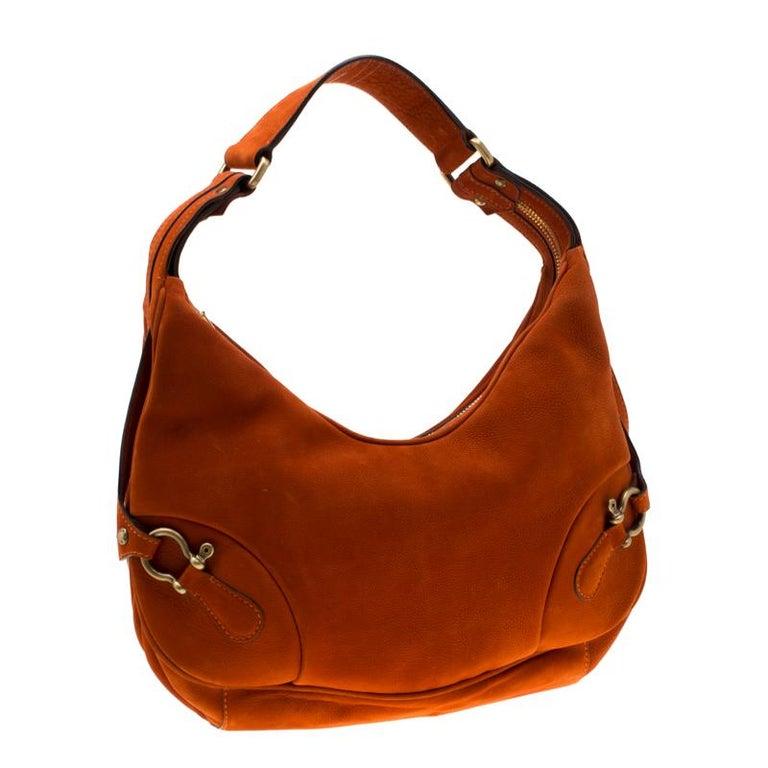 Burberry Orange Nubuck Leather Hobo In Good Condition For Sale In Dubai, Al Qouz 2