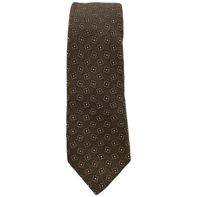 BURBERRY PRORSUM Brown Silk Squares Print Skinny Tie For Sale
