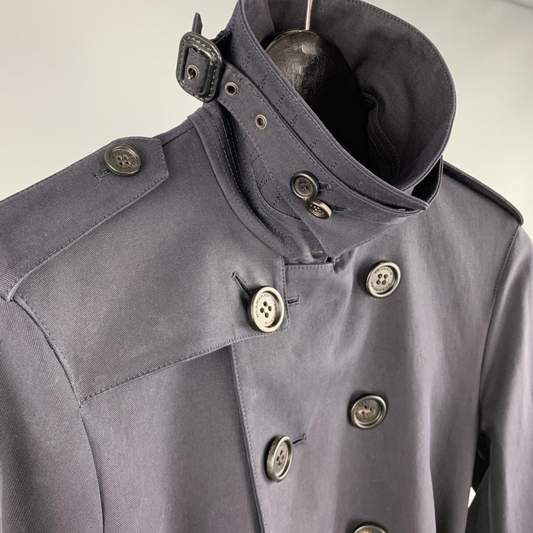 BURBERRY PRORSUM Size 34 Navy Cotton Double Breasted Belted Trenchcoat In Excellent Condition For Sale In San Francisco, CA