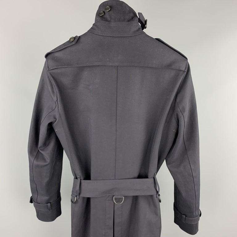 BURBERRY PRORSUM Size 34 Navy Cotton Double Breasted Belted Trenchcoat For Sale 1