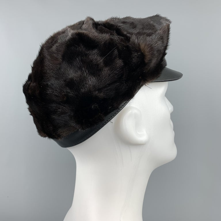 BURBERRY PRORSUM Textured Brown Mink Hat In Good Condition For Sale In San Francisco, CA