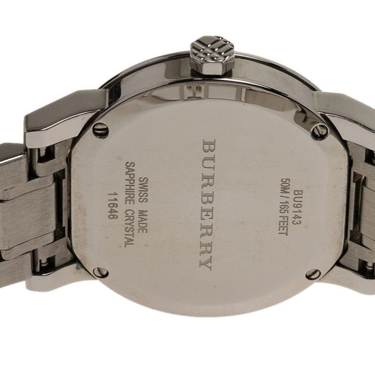 Burberry Silver Stainless Steel Heritage Collection Women's Wristwatch 36MM For Sale 1