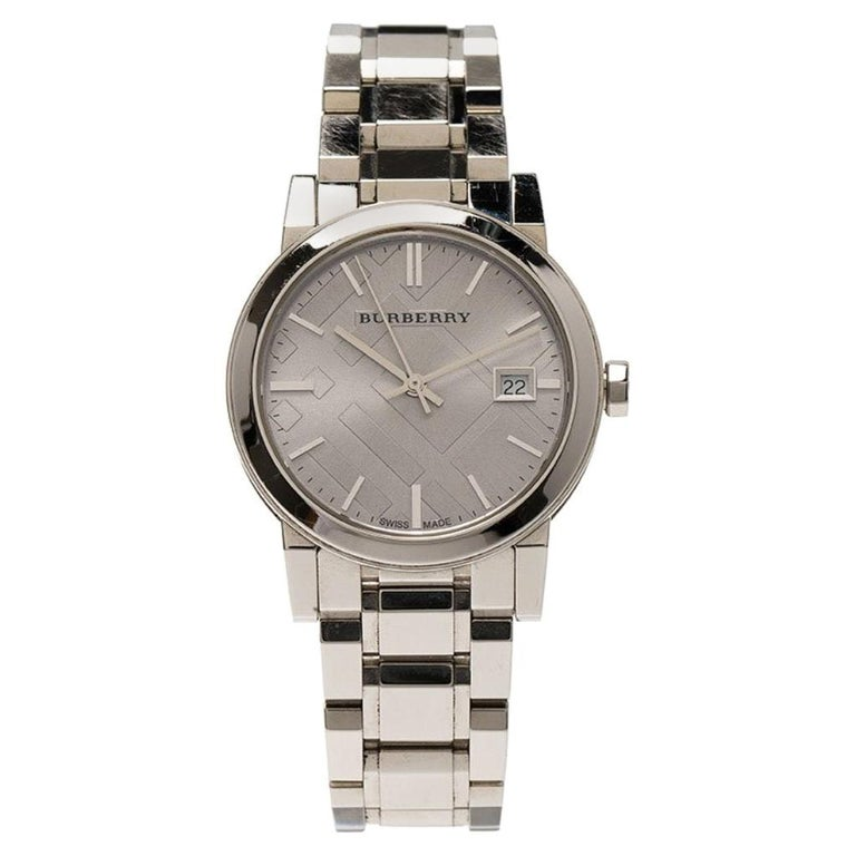 Burberry Silver Stainless Steel Heritage Collection Women's Wristwatch 36MM For Sale