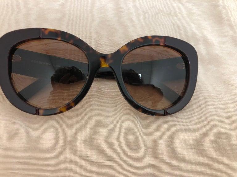 Burberry Sunglasses Model #B4253 3655/13 Unisex For Sale 1