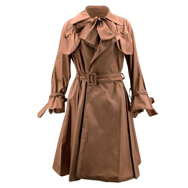 92f53de0e70 Burberry Tan Silk Trench Coat For Sale at 1stdibs