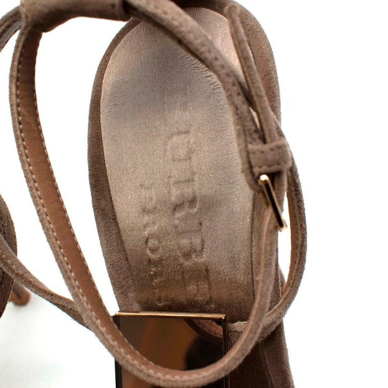 Burberry Taupe Suede T Copper Detail Strappy Sandals - Size 38.5 In Excellent Condition For Sale In London, GB