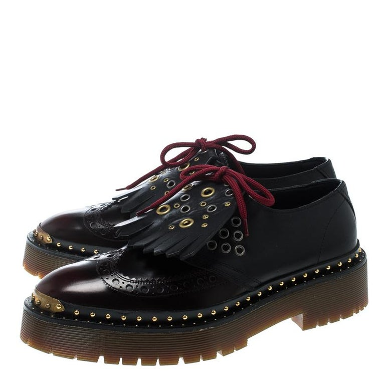 253a8762998 Burberry Two Tone Brogue Bissett Fringe Detail Lace Up Platform Derby size  37.5 In New Condition