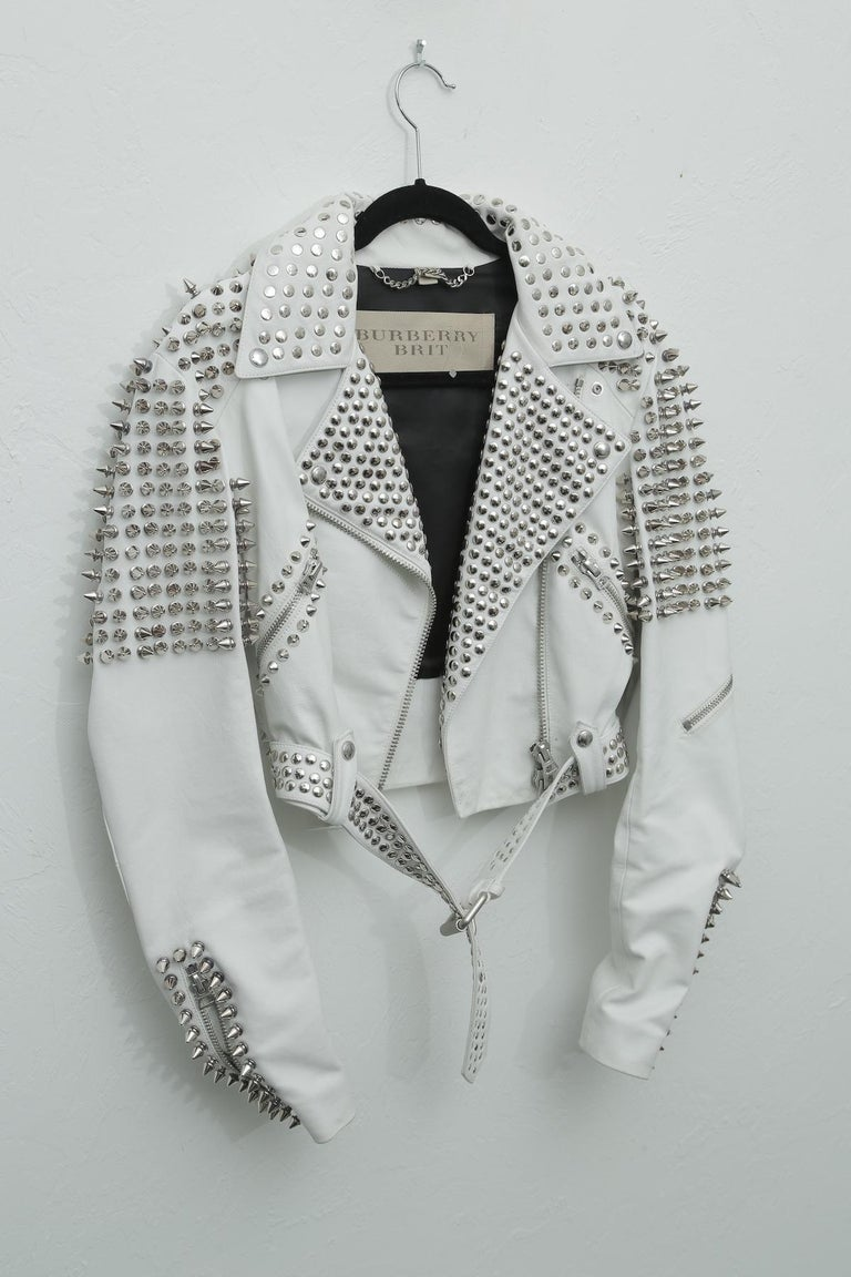 Burberry White Leather Jacket  with Silver Studs 2015. USA 6 UK 4 ITA 40