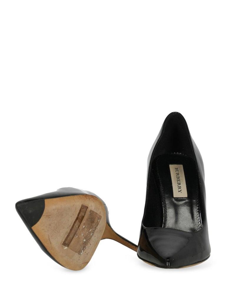 Women's Burberry Woman Pumps Black Leather IT 38 For Sale