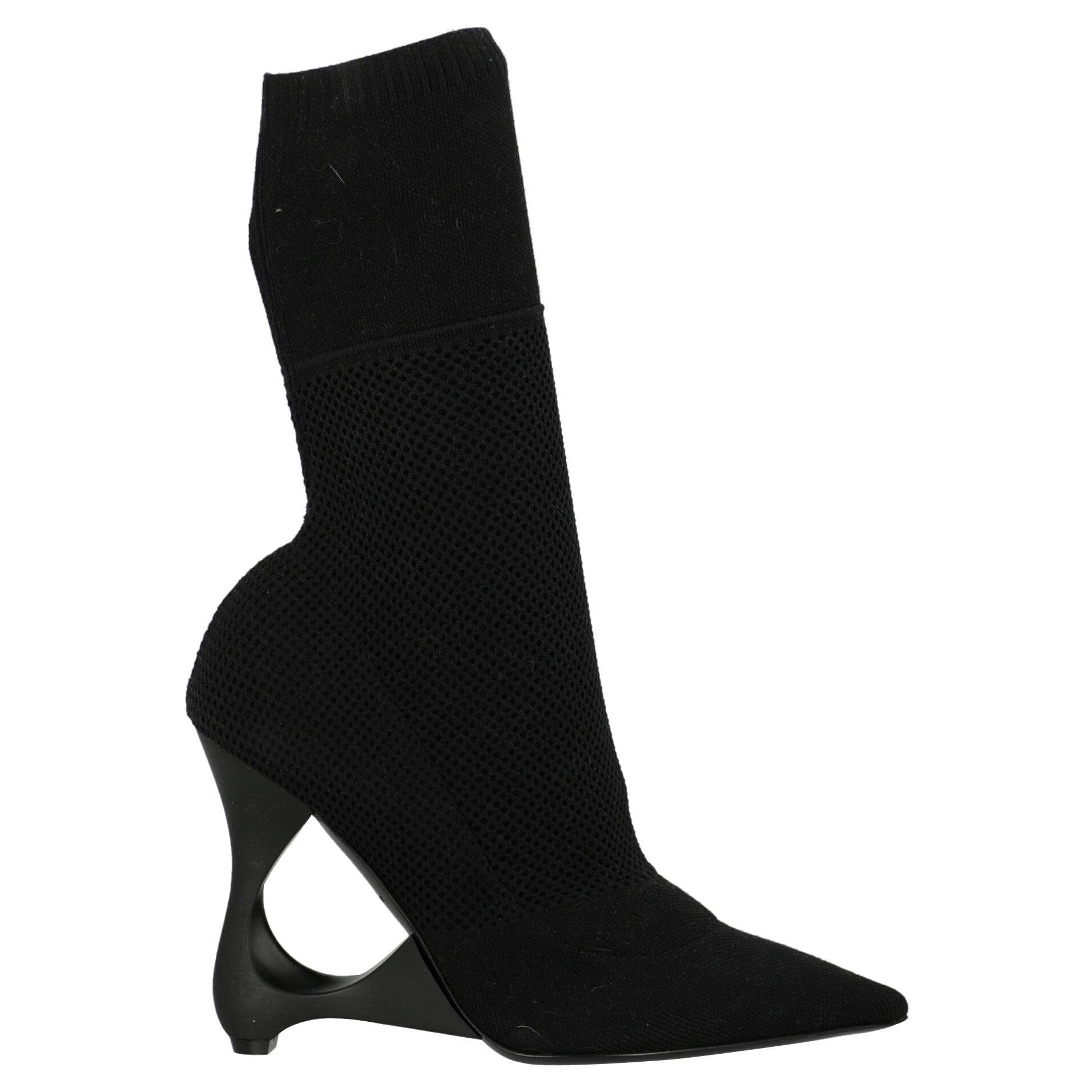 Burberry  Women   Ankle boots  Black Synthetic Fibers EU 41