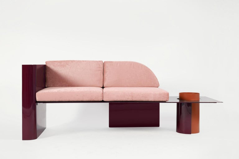Burgundy Modern Sofa in Powder-Coated Steel with Planter Side Table In New Condition For Sale In Saint Petersburg, RU