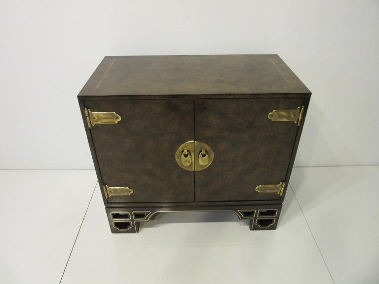 Burl Cabinet with Brass by Bernhard Rohne for Mastercraft For Sale 1