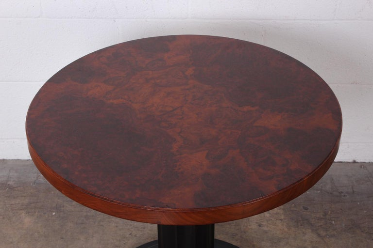 Burl Lamp Table Attributed to Edward Wormley for Dunbar In Good Condition For Sale In Dallas, TX