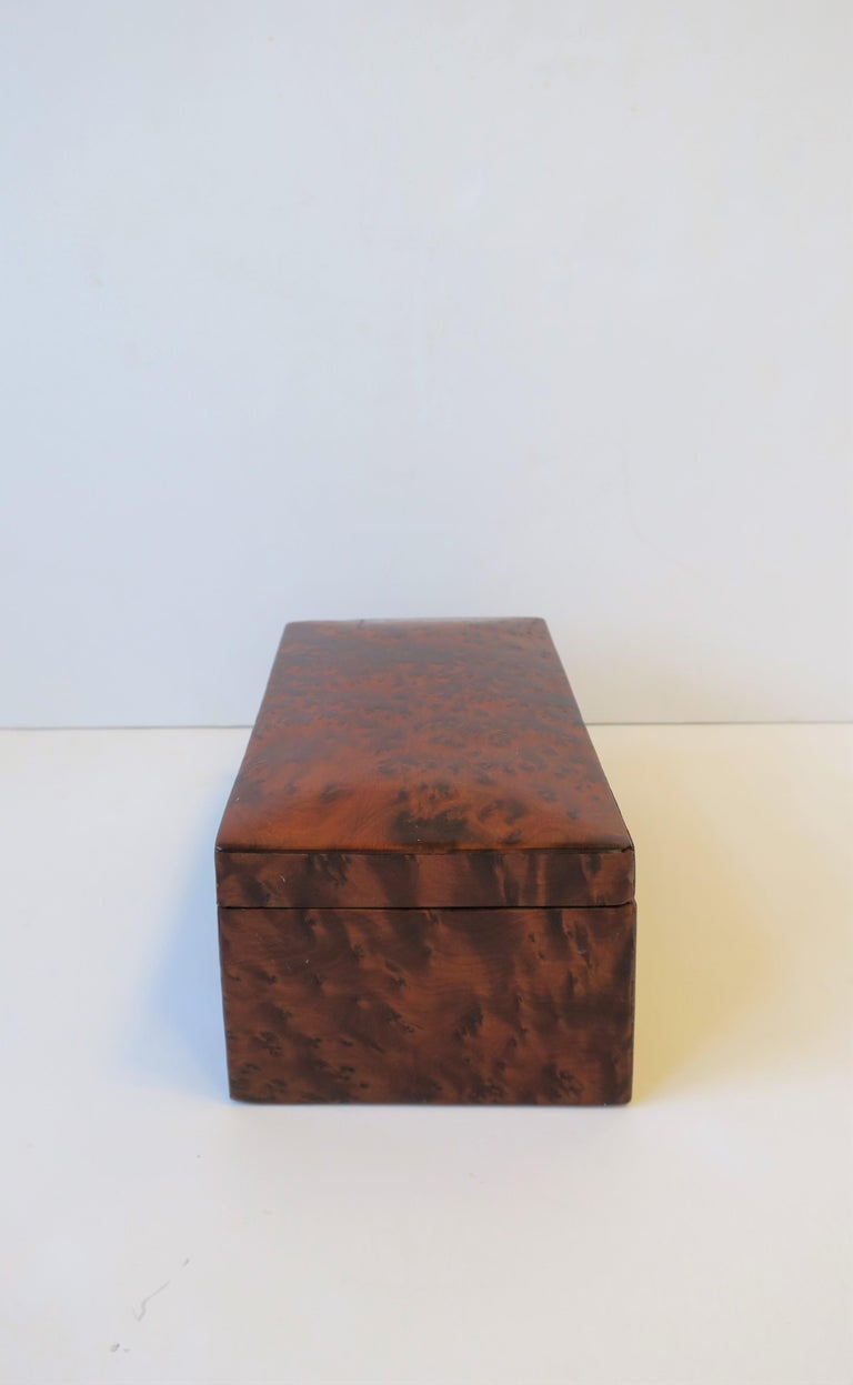 20th Century Vintage Burl Wood Box For Sale