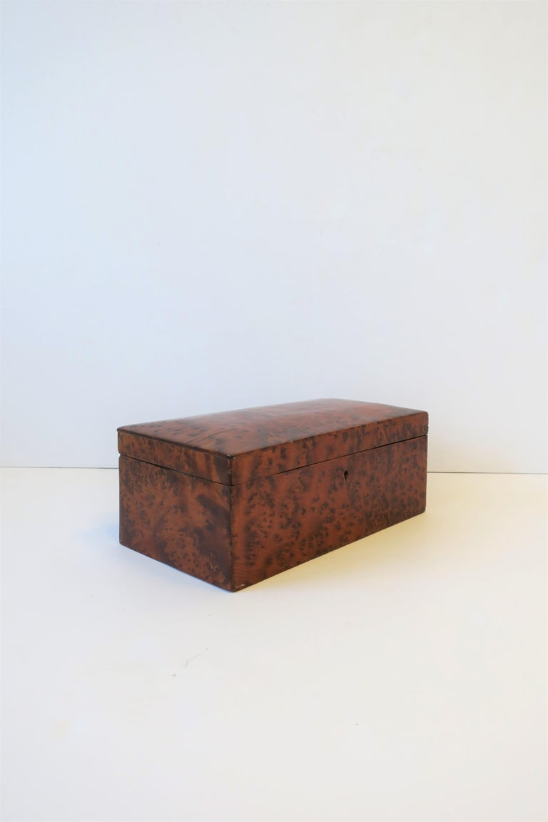 Vintage Burl Wood Box For Sale 1