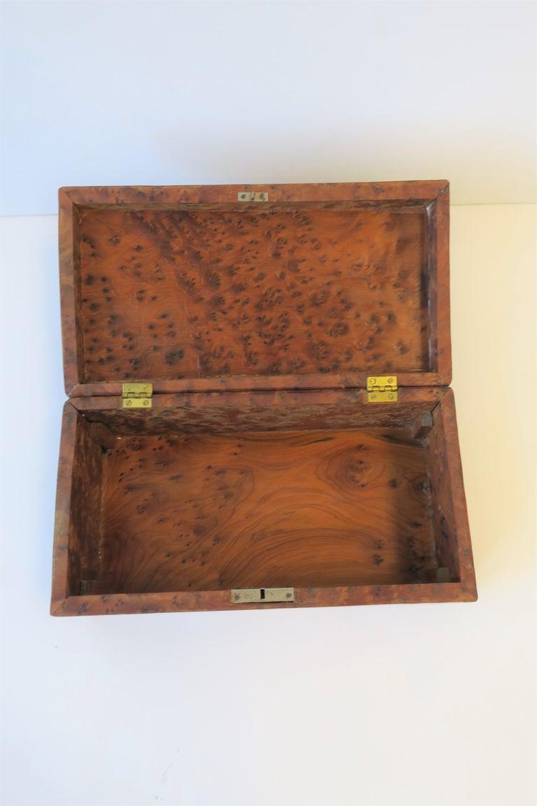 Vintage Burl Wood Box For Sale 3