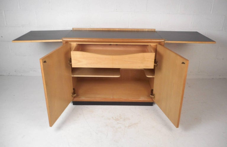 Late 20th Century Burl Wood Flip Top Dry Bar