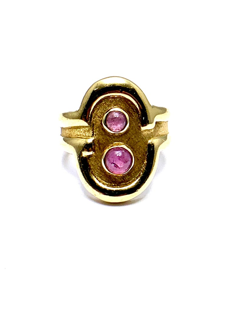 Retro Burle Marx 0.48 Carat Cabochon Pink Tourmaline and 18 Karat Yellow Gold Ring For Sale