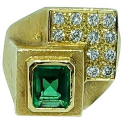 Burle Marx 18 Karat Gold Emerald and Diamond Ring
