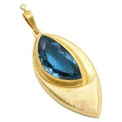 Burle Marx 18 Karat Yellow Gold Blue Topaz Pendant