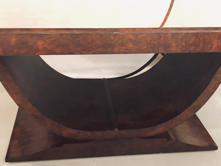 Burled Walnut Art Deco Inspired Lauder Alcott Dining Table In Good Condition For Sale In Stamford, CT