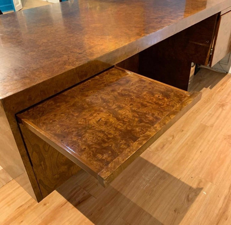 Burl Wood and Polished Steel Desk by Leon Rosen for Pace Collection, circa 1970 For Sale 8