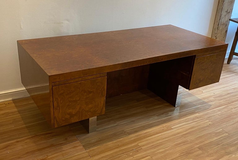 Late 20th Century Burl Wood and Polished Steel Desk by Leon Rosen for Pace Collection, circa 1970 For Sale