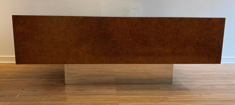 Burl Wood and Polished Steel Desk by Leon Rosen for Pace Collection, circa 1970 For Sale 2