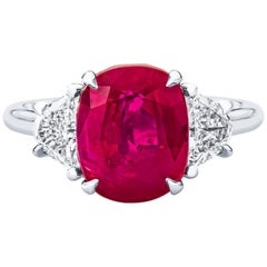 Burma 'No Heat' Ruby 5.53 Carat and Diamond Cocktail Ring Gubelin Certified